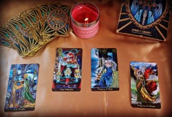 Acquire A Free Tarot Reading – Does He Love Me?