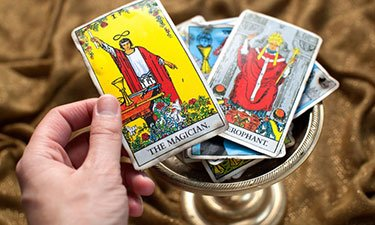 interpreting your birth tarot card